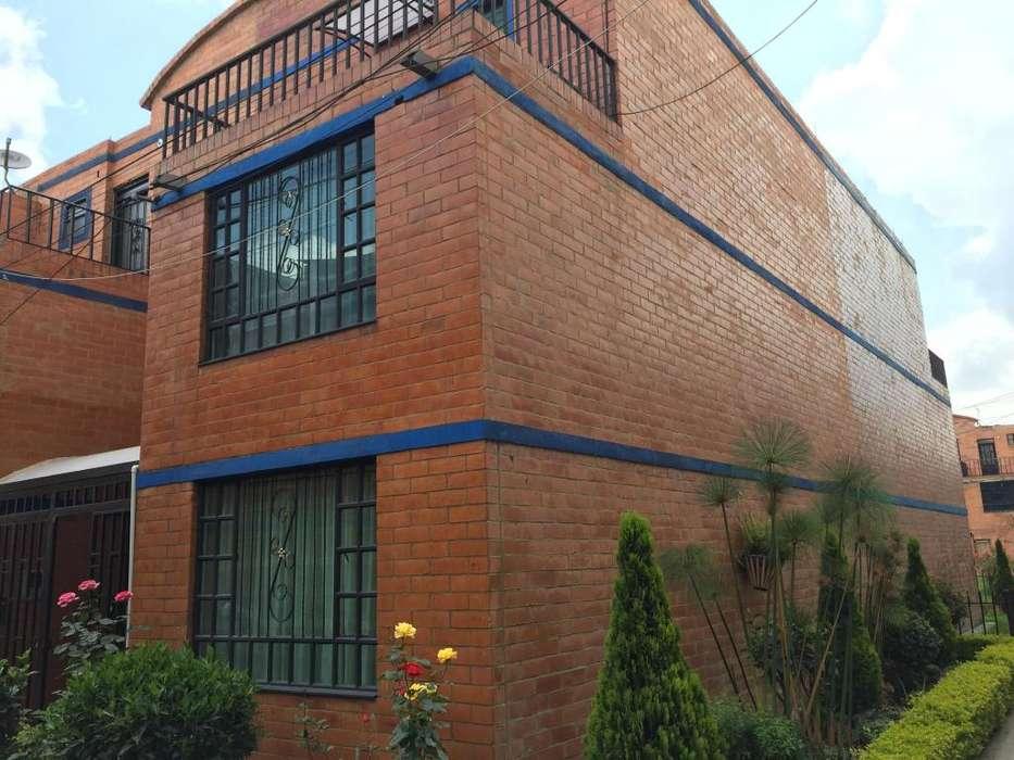 Vendo Casa Esquinera en Funza con terraza - wasi_1184677