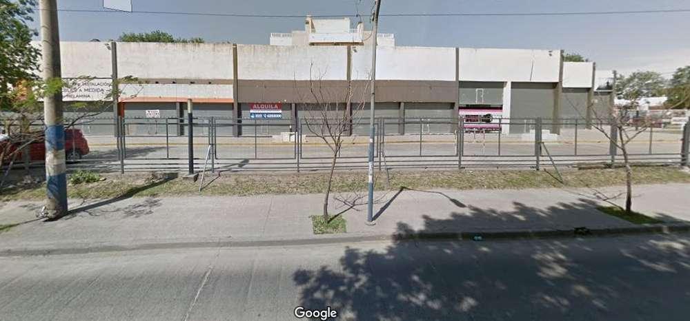 Alquilo Local Comercial 200 M2 - B San Fernando