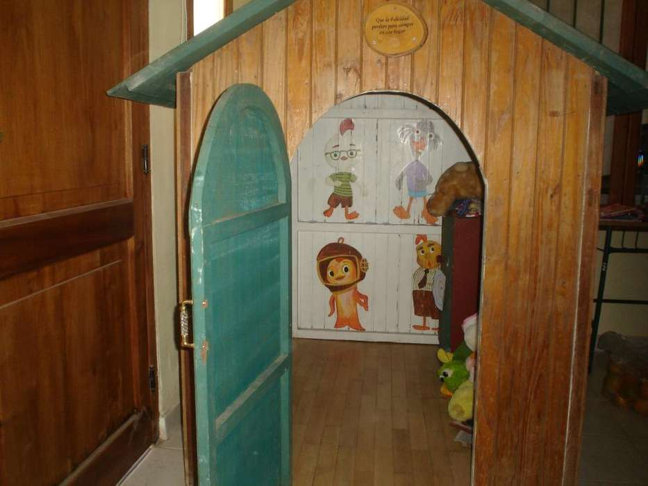 Casita de Madera para Niños/ Niñas