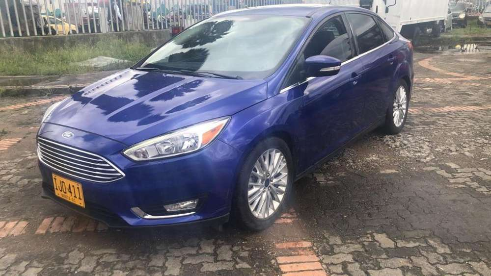 Ford Focus 2015 - 33072 km