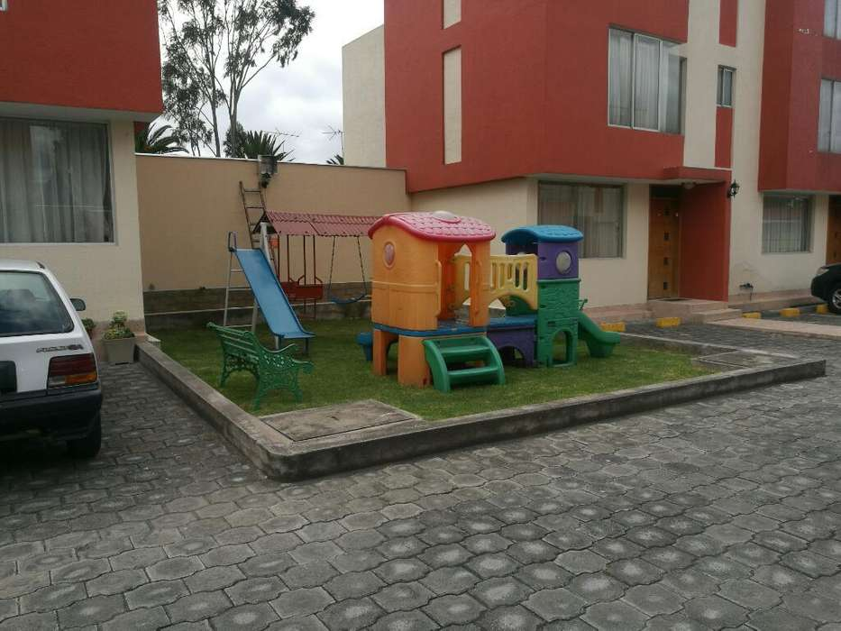 Se Arrienda Casa 140m2, 400usd