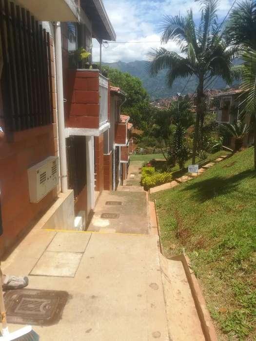 Vendo Casa Bello Cerca Puerta Norte 1pis