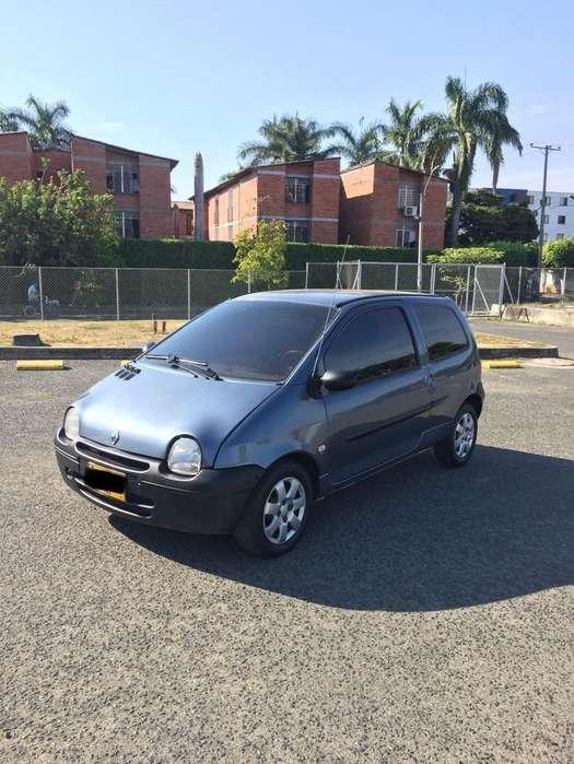Renault Twingo 2010 - 100 km