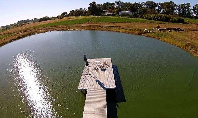 Excelentes lotes con golf y laguna de pesca