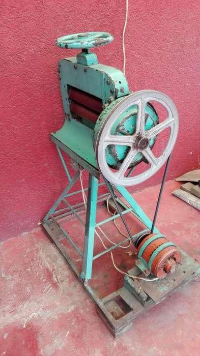 Máquina de Rodillos para aplanar