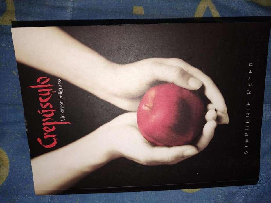 Libro Crepusculo-stephenie Meyer Español