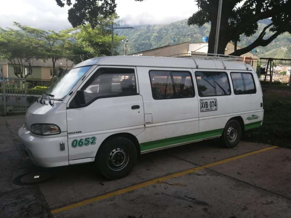 Se Vende Buseta Hyundai 2004