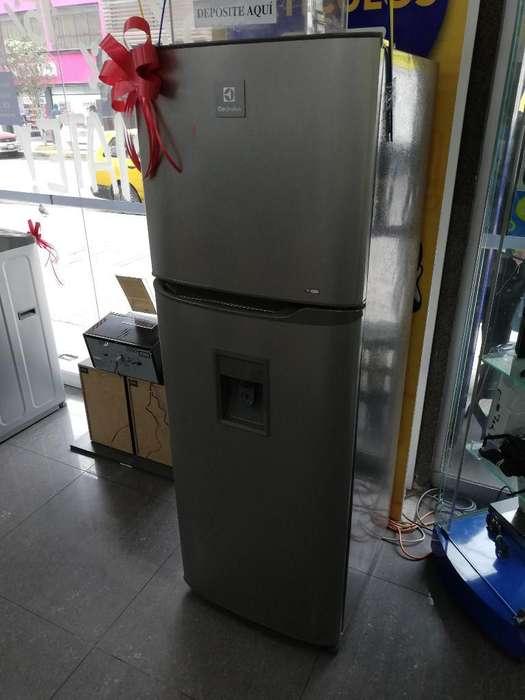 Refrigeradora Electrolux