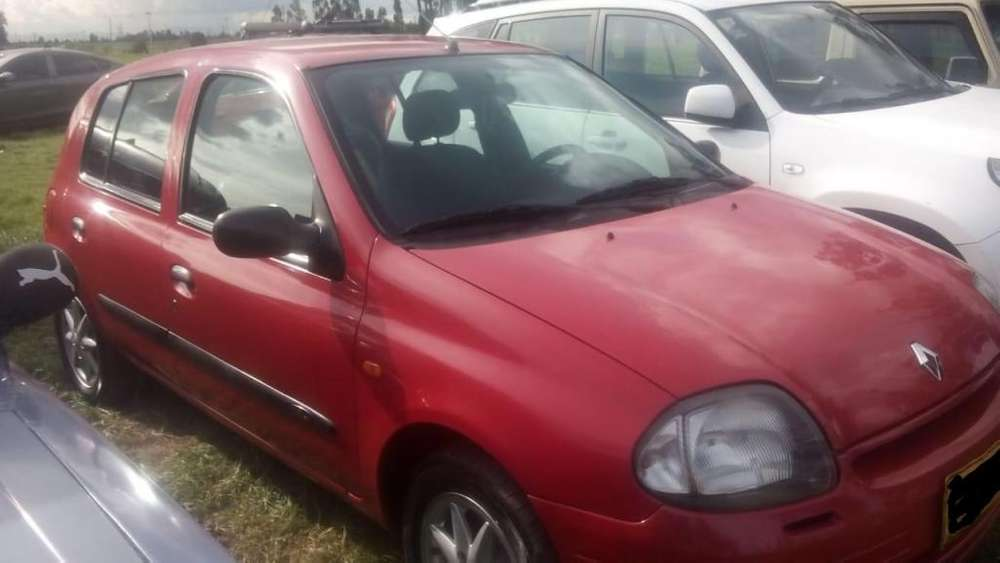 Renault Clio  2002 - 117000 km
