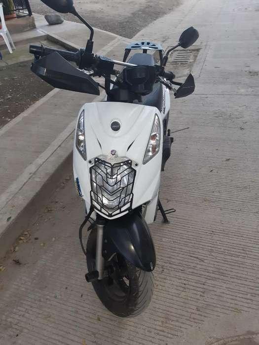 Moto Dinamic R