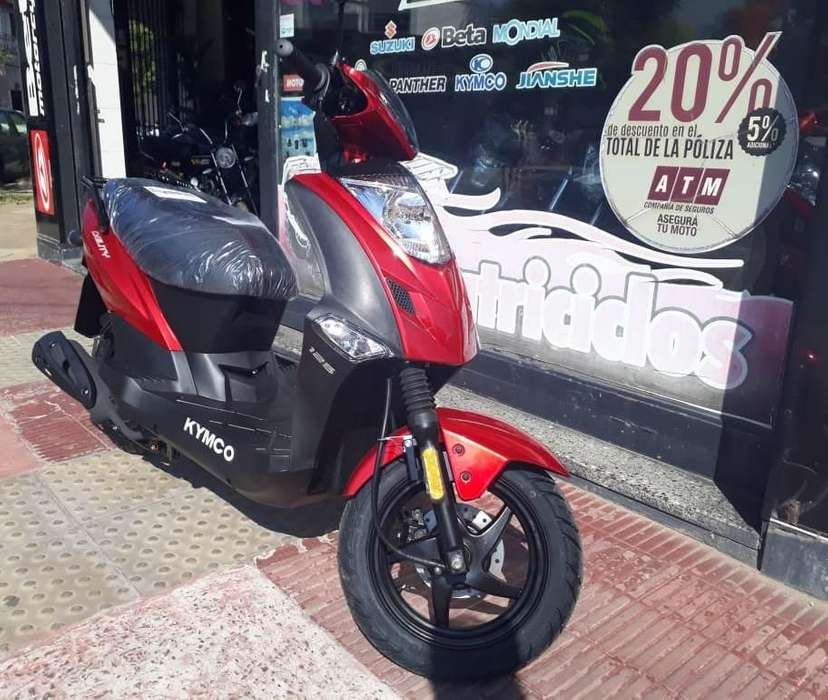 Kymco Agility 125 Moto Scooter Motovega