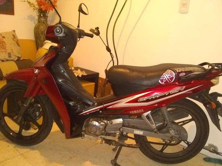 Vendo moto Yamaha Crypton.