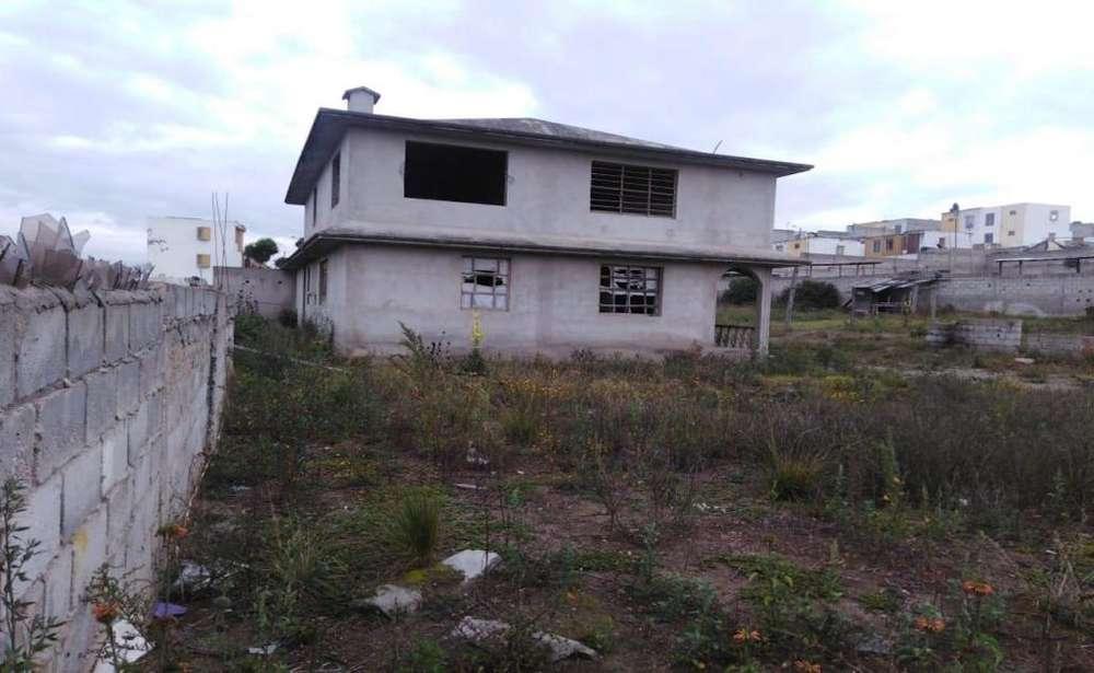 Calderón, terreno en venta, 2111.35 m2