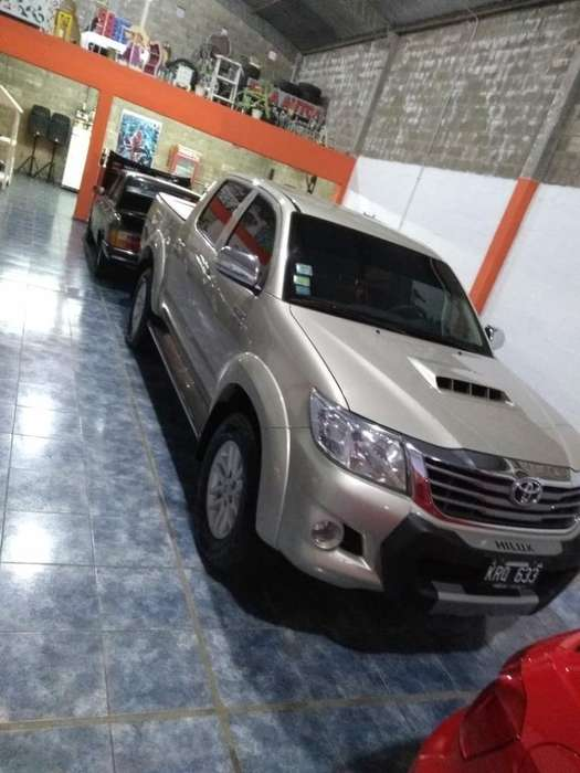 <strong>toyota</strong> Hilux 2012 - 90000 km