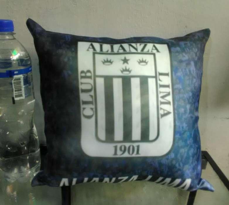 Cojin de Alianza Lima Y Universitario