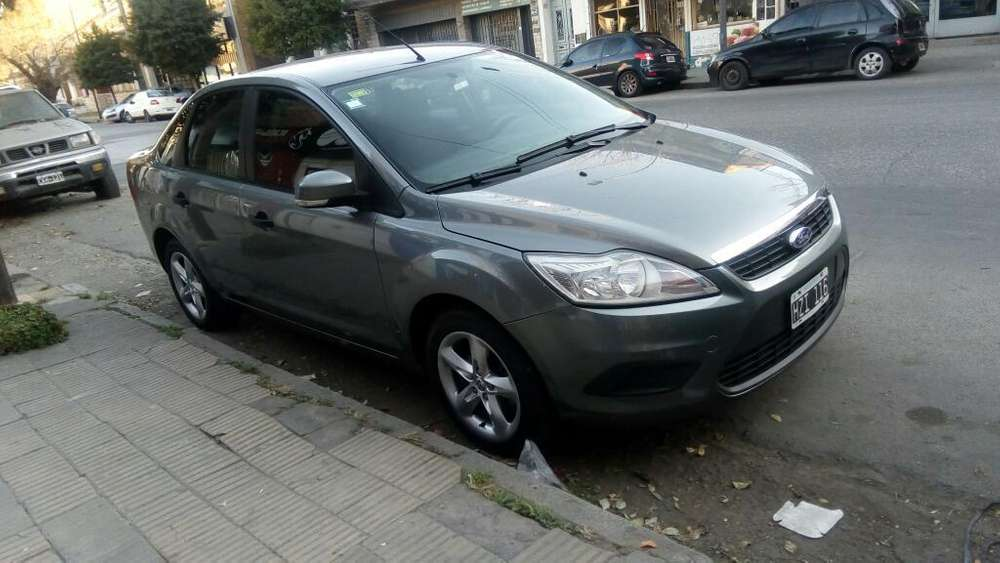 Ford Focus 2009 - 130000 km