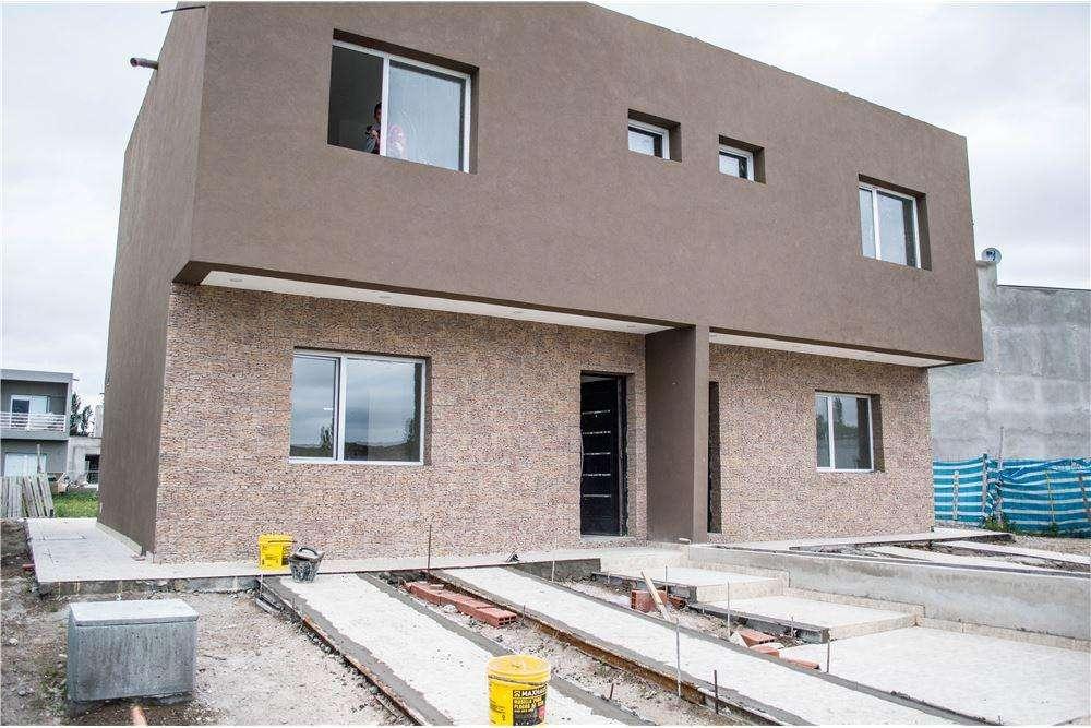 Duplex 3 dormitorios LA PEREGRINA