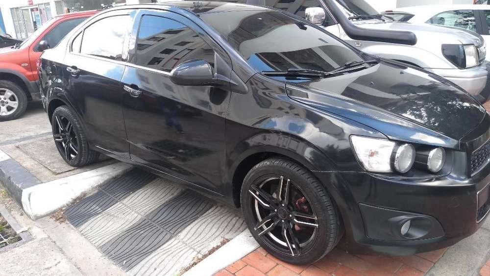 Chevrolet Sonic 2014 - 80000 km