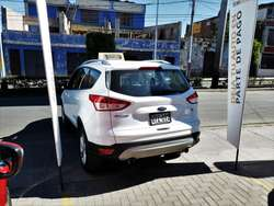 FORD ESCAPE 2016 Versión Full AT 2.0 cc.