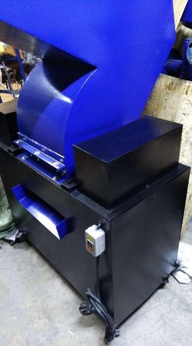 montajes o equipos para proceso de triturado de plasticos