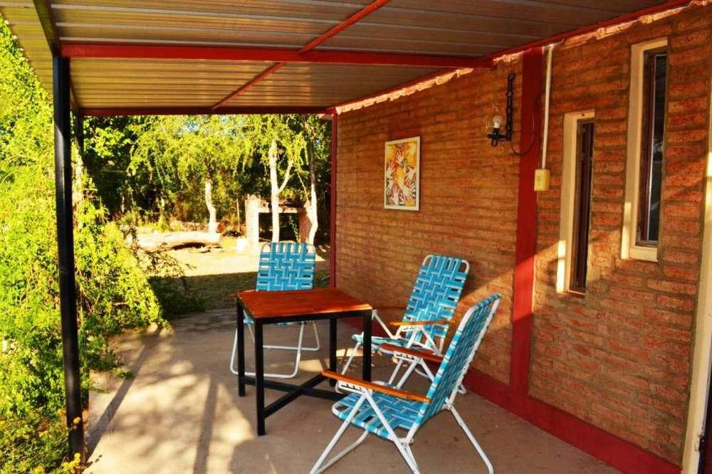 om86 - Cabaña para 2 a 6 personas con pileta y cochera en San Marcos Sierras