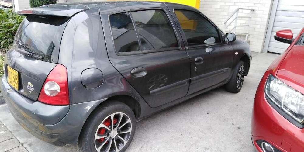 Renault Clio  2010 - 115000 km