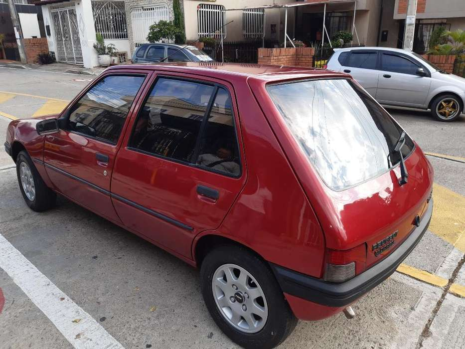 Peugeot 205 1995 - 140000 km
