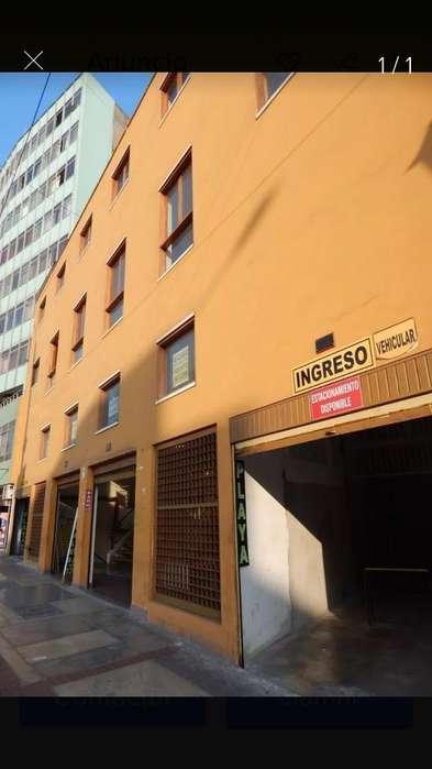 Alquilo L. Comercial Cetro de Lima 12 M2