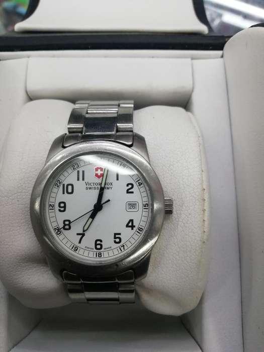Vendo Reloj Victorinox
