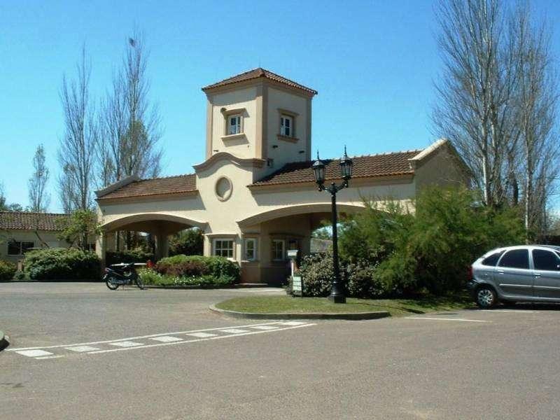 EXCELENTE lote central en venta en Santa María de los Olivos Pilar