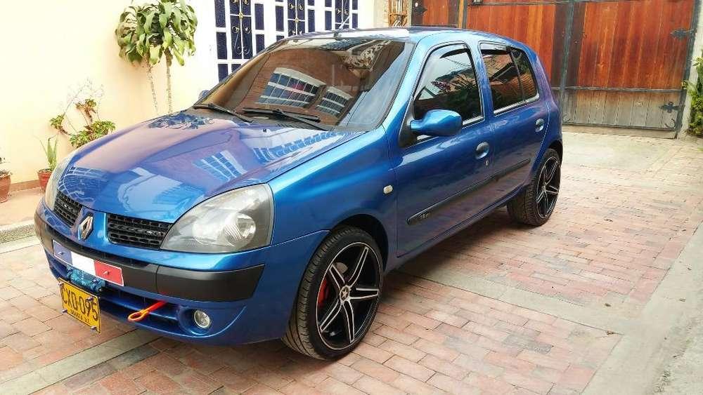 Renault Clio  2008 - 93000 km