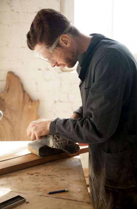 Busco Carpintero Solo Amplia Experiencia