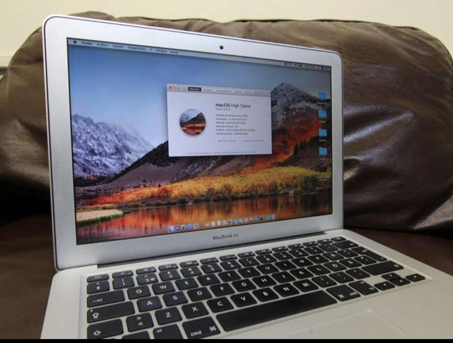 Macbook Air Early 2014