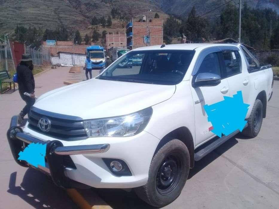 Toyota Hilux 2018 Se Alquila