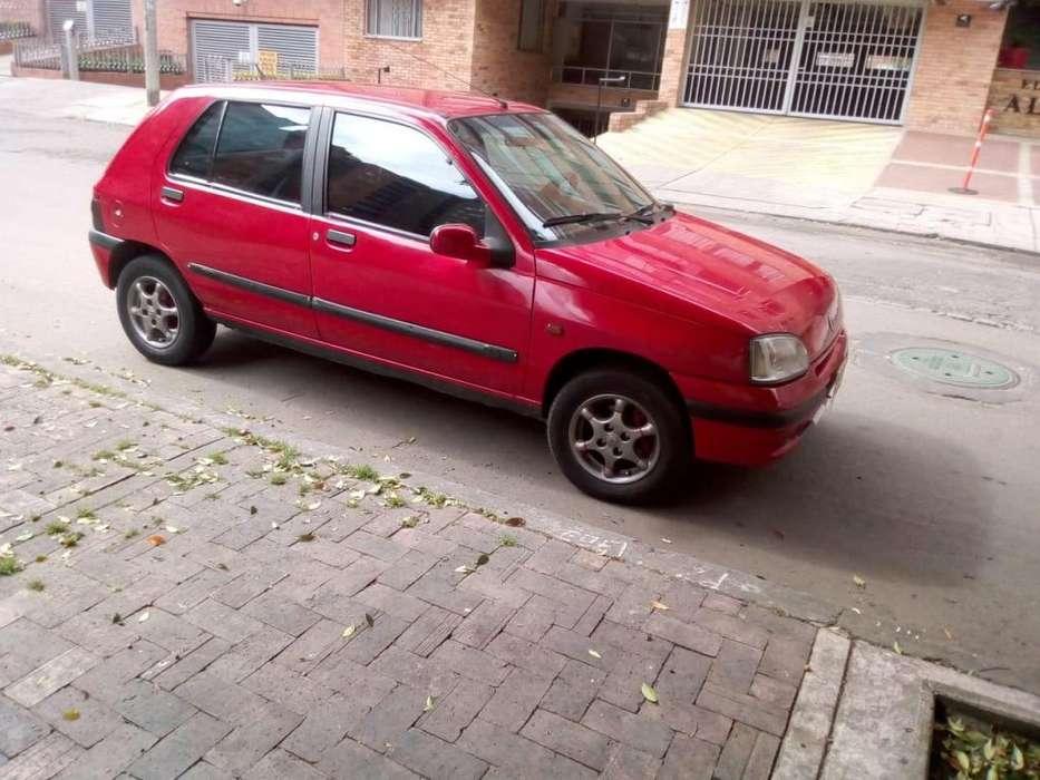Renault Clio  1999 - 145000 km