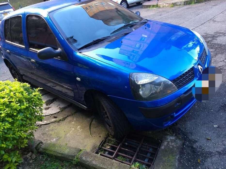 Renault Clio  2004 - 176000 km