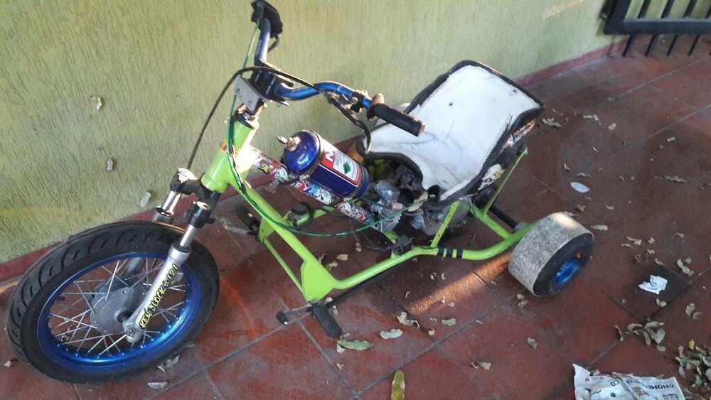 Triciclo de Derrape Motorizado Drift