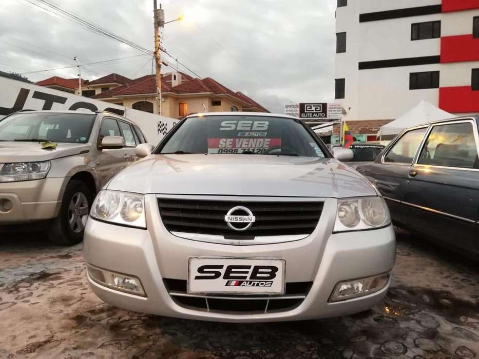 Nissan Almera  2010 - 135000 km
