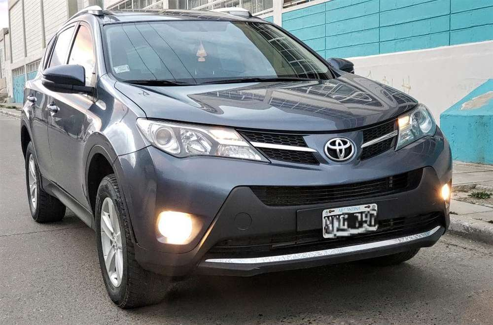 Toyota RAV4 2014 - 48000 km