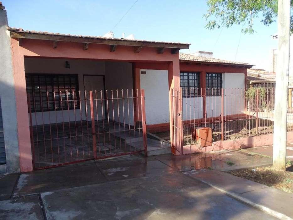Alquilo casa 3 habitaciones - Godoy Cruz - Cerca Parque San Martin