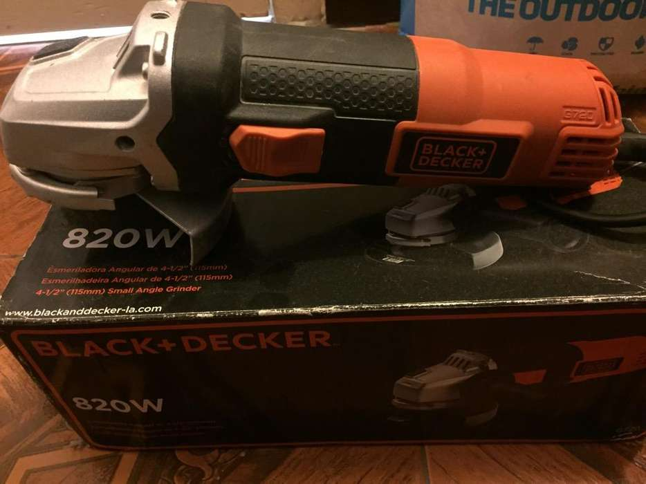 Amoladora Black Decker 820W