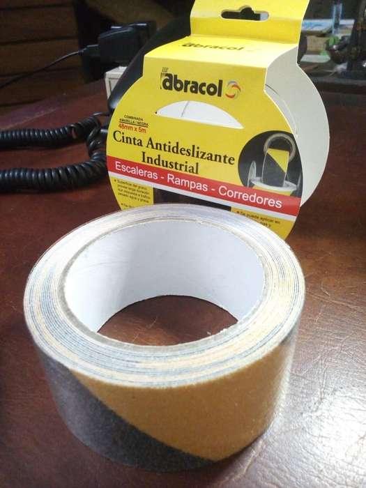Cinta Antideslizante Autoadhesiva Bicolor amarillo/negra 2 X 5 Mts