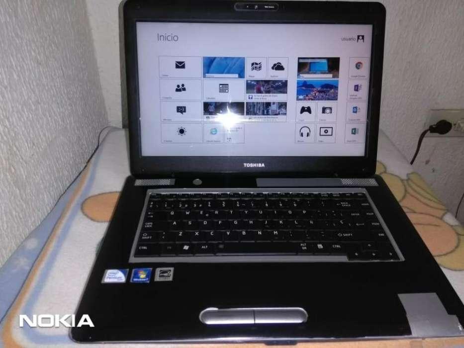 Vendo O Cambio Hermoso Portátil Toshiba