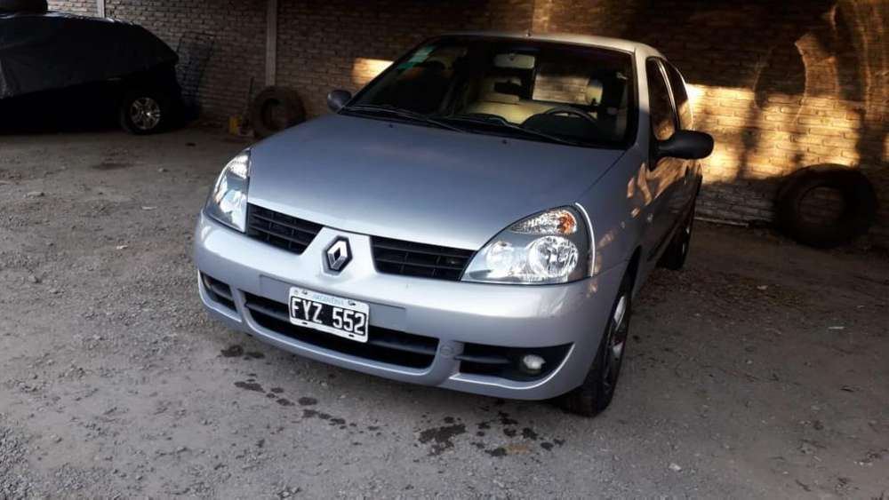 Renault Clio  2007 - 111111 km