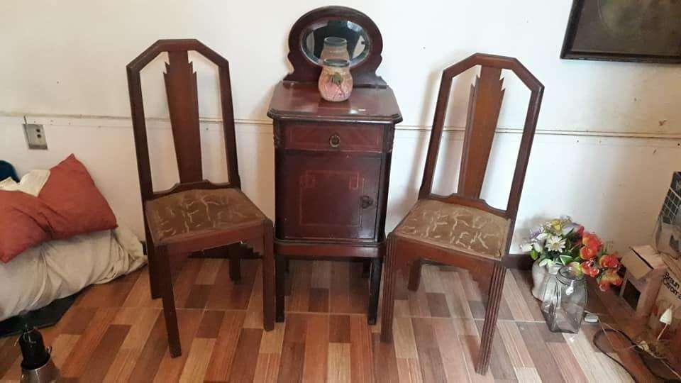 Mesa con espejo y 2 <strong>silla</strong>s
