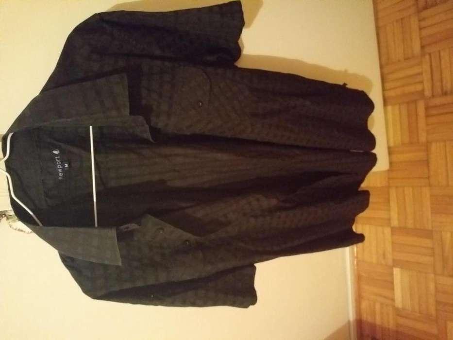 <strong>camisa</strong> usada negra buene stado