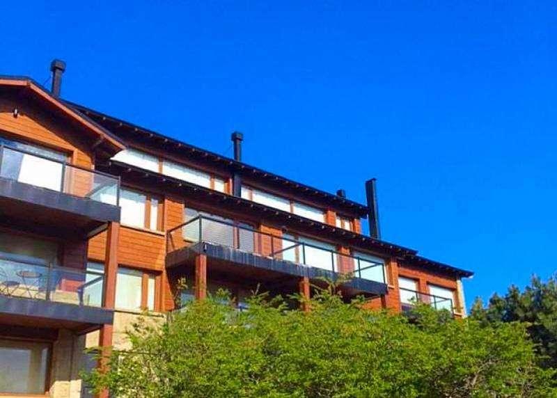 Departamento en venta en el exclusivo barrio Aralauquen Golf & Country Club