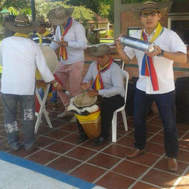 Grupo de tamboras, papayera o vallenatos 3178608285