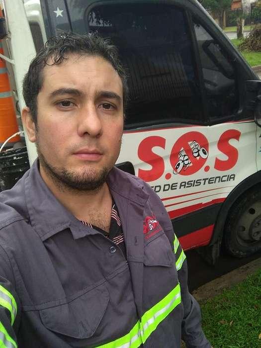 Busco Trabajo de Chofer Auxilio Mecánico