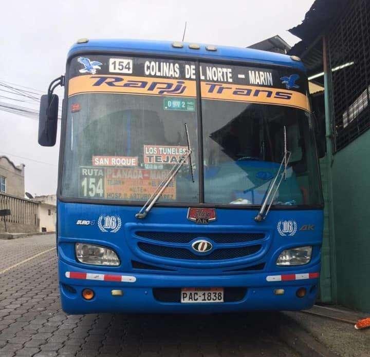 Vendo Bus Hino Ak 2014